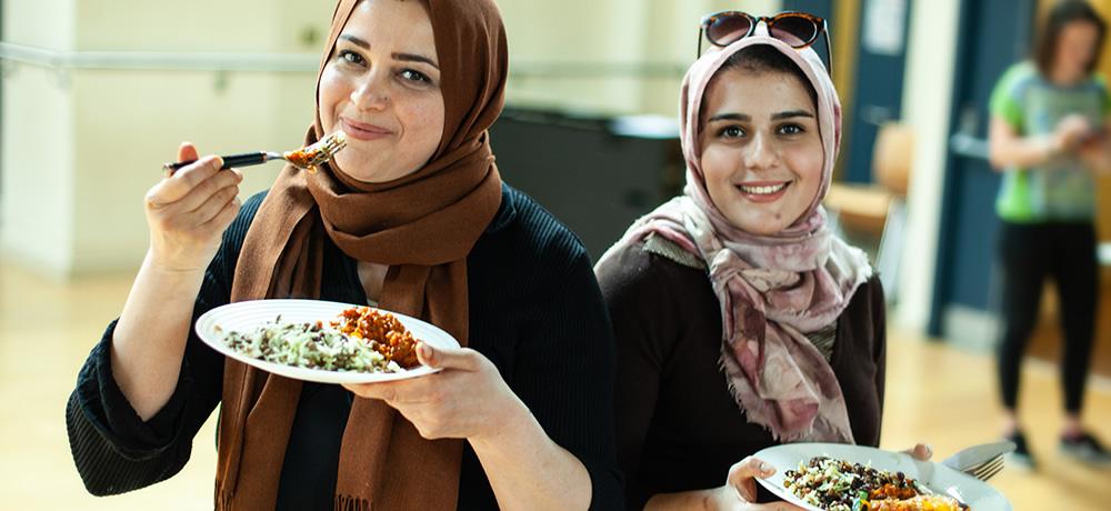 Refugee cooks